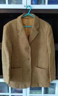 Esprit suit size 36
