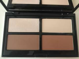 Pupa Contouring & Strobing Palette