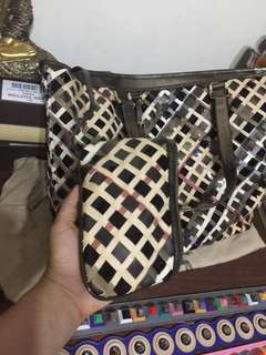 Burberry with wallet