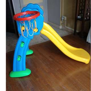 (Quick Sale) Kiddy Slide with Basketball Loop