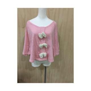 粉色蝴蝶罩衫