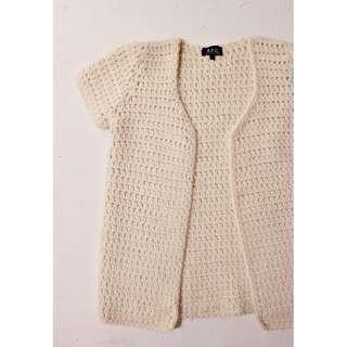 法國A.P.C手工織打粗針羊毛背心小外套