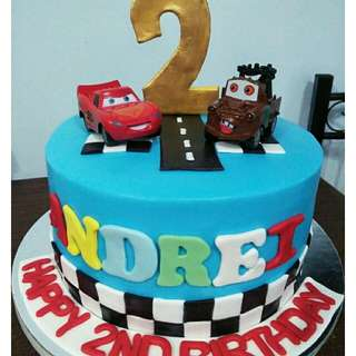 CARS themed cake and cupcakes
