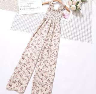 ✨[Latest Trend]✨ BNWT Floral Off White Elastic Long Jumpsuit