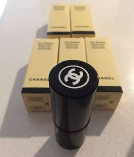 Authentic Chanel kabuki brush