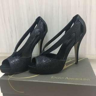 🚚 Enzo Angiolini黑色高跟鞋出清