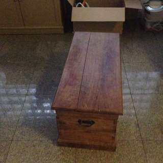 wooden trunk for sale