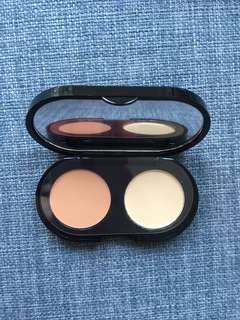 BN Bobbi Brown creamy concealer kit in Sand.