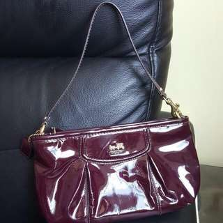 BN COACH Madison Plum Patent Leather Large Wristlet 46624