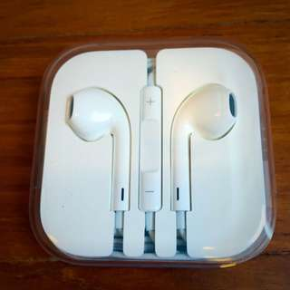 BN Original Apple EarPods - iPhone/iPod Earphones With Remote And Mic