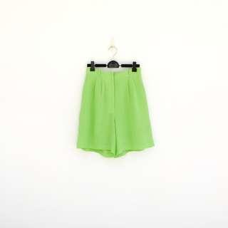 🚚 二手 綠色 高腰 短褲 明太子 520