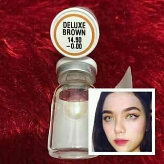 Contact lens brown with case and solution