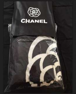 Chanel fleece blanket with dust bag