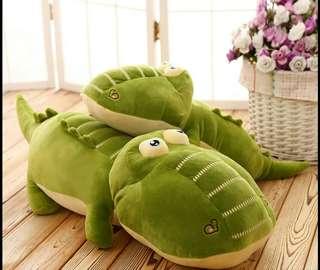 2 in 1 crocodile blanket bolster