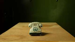 Telephone keramik celengan