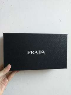 Prada wallet box 長銀包盒