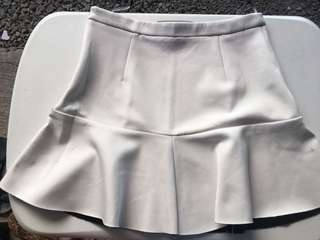 Topshop White Skirt (Flawed) Size 6