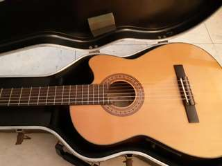 Guitar washburn hand crafted since 1876