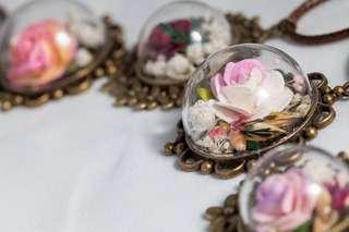 美國 設計師 訂造頸鍊 玫瑰 紙藝術 花 首創作 獨一無二 生日禮物 自家設計 可訂造 婚禮飾品 飾物 髮飾 橡筋 牛皮 玻璃球