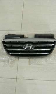 Hyundai Avante stock Front grille
