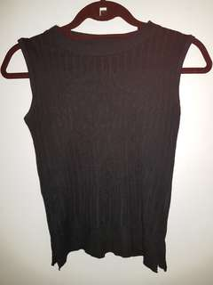 Black Knitted Sleeveless Top