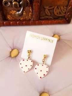 🆕️Cute Korean Hearts Mini Earrings
