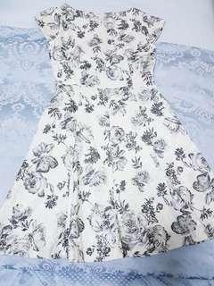White Floral Dress   XS
