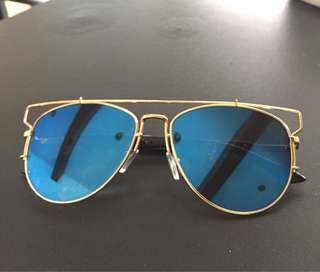 DIOR inspired gold frame sunglasses