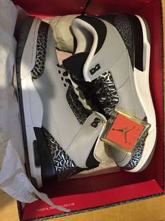 Air Jordan 3 OG   Size: US 9