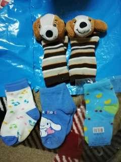 嬰幼兒手套、襪子 每双$25