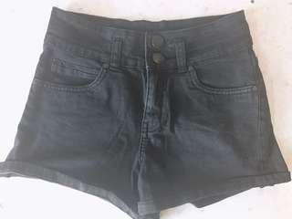 黑色短褲branded