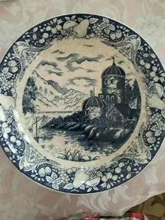 piring antik ..made in japan