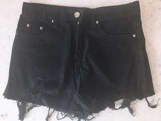 黑色牛仔短褲 高腰爛牛