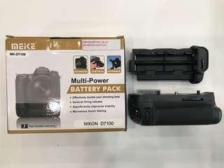 Battery Grip For Nikon D7100