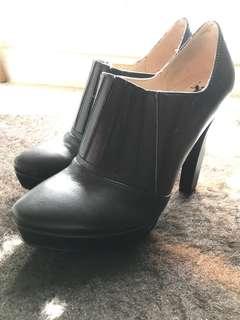Polo platform heels
