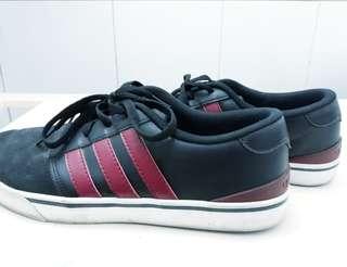 Adidas Neo Original size 42 good condition