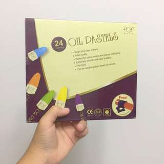 [$10 Mailed] 24 Color POPartz Oil Pastel Set