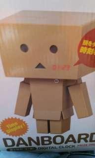 (全新)紙箱人電子鐘