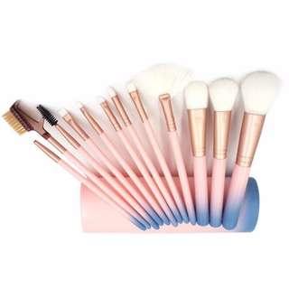 🦋Women Beauty Brushes Set Eyeshadow Eyeliner Lip Brush Tools🦋