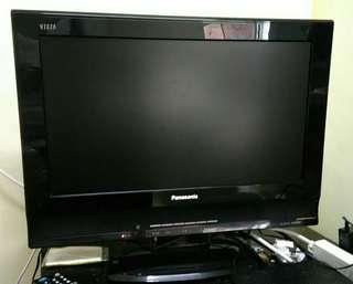 [ 破盤二手價 ]Panasonic電視22型 (期限只到5/25)