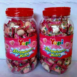 💞Buy 1 get 1 Yupi Candy Strawberry Kiss Jar💖