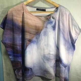 Marble print top