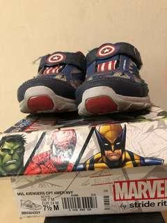Stride Rite Captain America light shoes