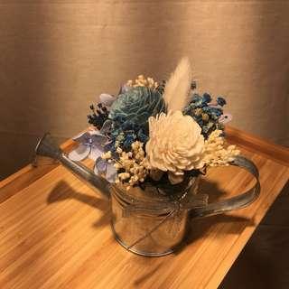 🚚 花罐小型桌花-藍白款