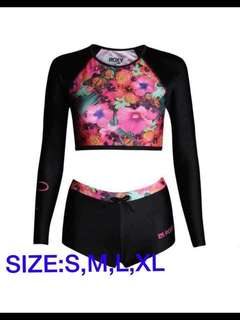 CROP TOP RASHGUARD