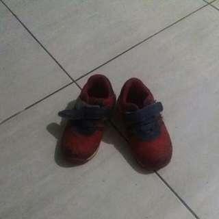 Sepatu Cowo Kren