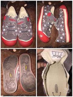 Keen Footwear authentic from Us preloved