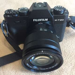 Fujifilm XT20 with 16-50mm lens - Black