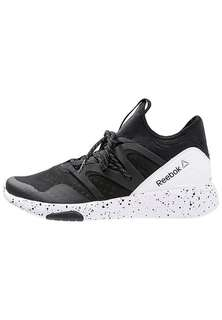 Reebok lesmills shoes