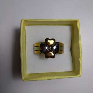Clover ring (tri color)